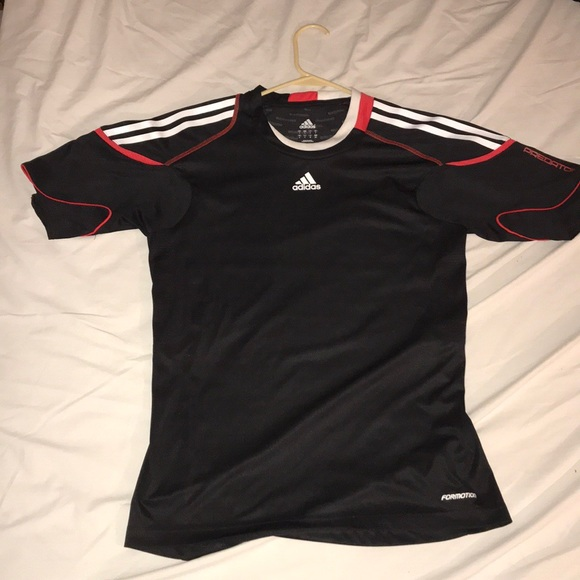 official images good texture great fit Adidas Small ClimaCool Predator Shirt